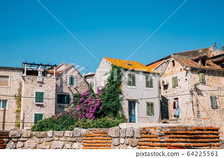 Old town street in Split, Croatia 64225561