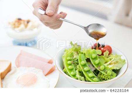 早餐在手 64228184