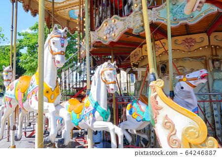 Merry-go-round 64246887