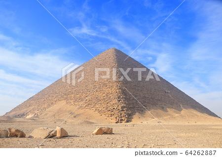 金字塔 64262887