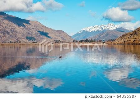 紐西蘭的湖泊 64355587