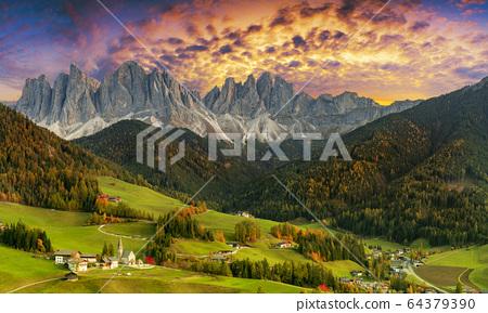 Beautiful landscape of Italian dolomites - Santa 64379390