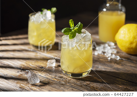 Summer cold cocktail 64427227