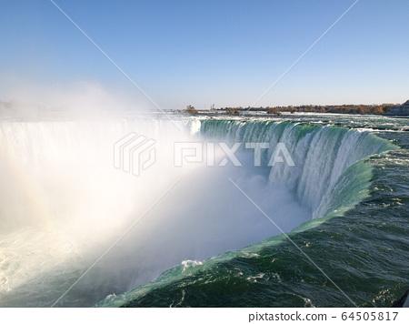 來自加拿大方面的尼亞加拉大瀑布 64505817