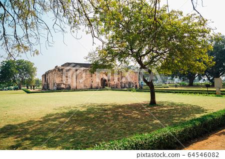 Queen's bath, Ancient ruins in Hampi, India 64546082