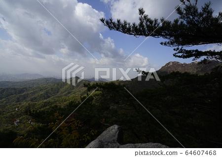 북한산.국립공원.봄이  64607468