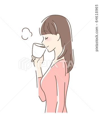 머그컵에 커피를 마시는 여성의 옆모습 64618965
