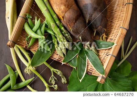 漏勺春季蔬菜 64687270