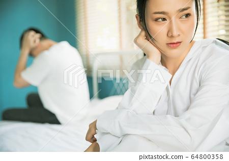 夫妻情侶家庭爭執糾紛家庭麻煩人素材 64800358