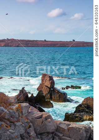 seascape with rocks and cliffs. beautiful scenery 64810163