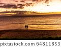 하와이주,마우이, 황혼,일몰,사람,세사람 64811853