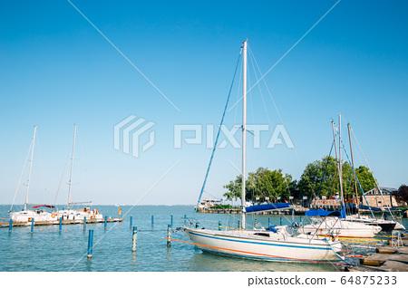 lake Balaton and harbor in Balatonfured, Hungary 64875233