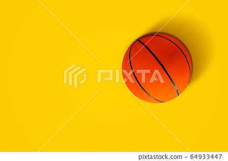 Basketball in vibrant color 64933447