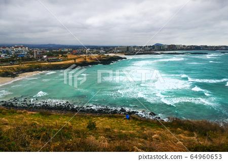 Hamdeok sea from Seowoobong, Jeju Island 64960653