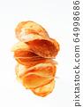 Handmade potato chips 64998686