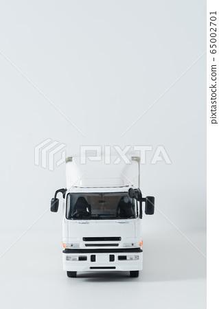 Large truck logistics 65002701
