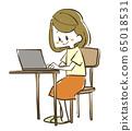 노트북을 사용하는 여성 65018531