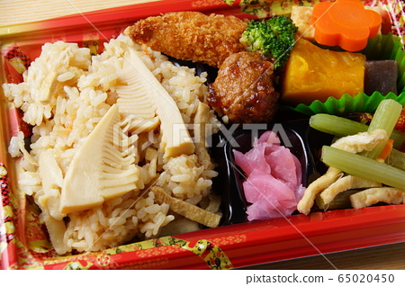 Bamboo bento Japanese food 65020450