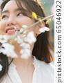젊은여자 선생님 봄 65046922