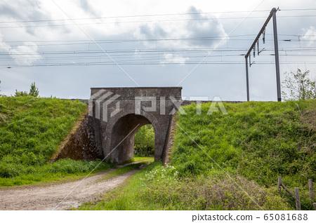 Bridge under the track 65081688