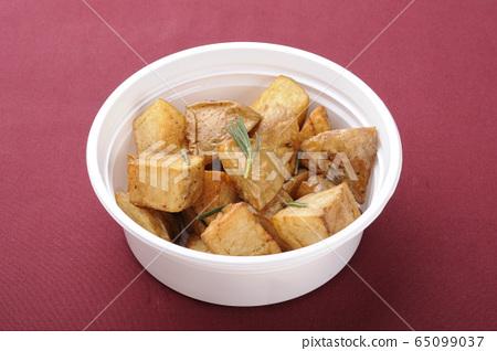 外賣土豆 65099037