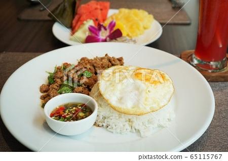 Thai Food Gapao Rice, Holy Basil Fried Rice, Kaphaw 65115767