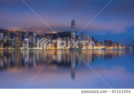View of Financial district of Hong Kong in overcast day in monsoon morning 65161008