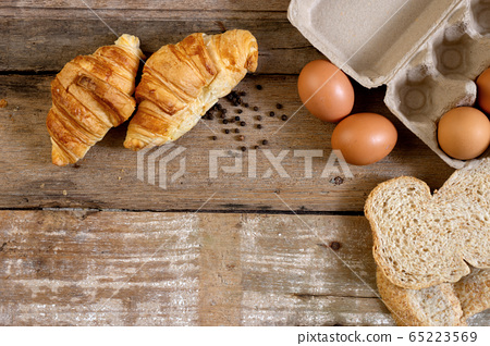 Freshly baked  French croissant bakery and egg 65223569