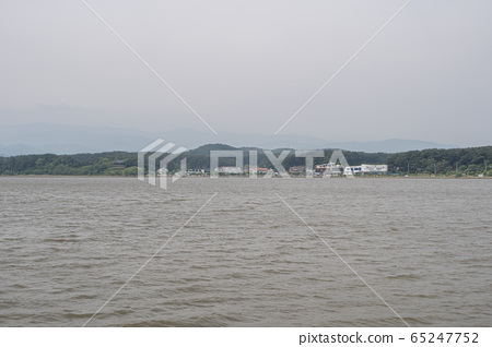gyeongpo lake in summer 65247752