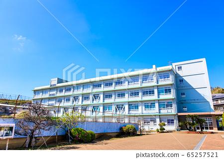 Nagasaki City Shikimi Junior High School closed history record [Nagasaki City] 65257521