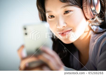 라이프 스타일 여성 아시아인 1인 포트레이트 65288268