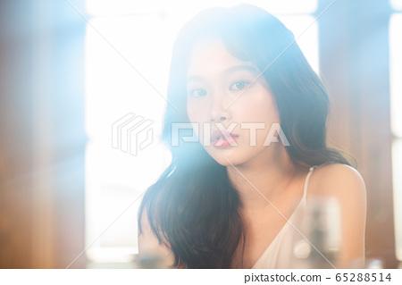 뷰티 미용 여성 아시아인 1인 포트레이트 65288514