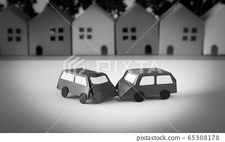 교통 사고 거리 주택지 지공예 65308178