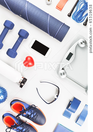 Healthy lifestyle sports accessories flat lay 65319638
