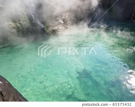 Kusatsu hot spring yubata 65375432