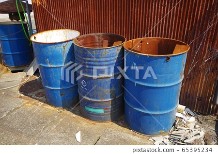 steel drum, can, tin 65395234