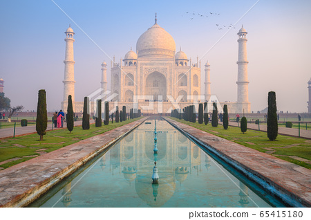 Beautiful view of Taj Mahal in the Indian city of Agra, Uttar Pradesh, India 65415180