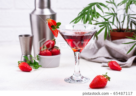 Strawberry martini. Sweet summer cocktail 65487117