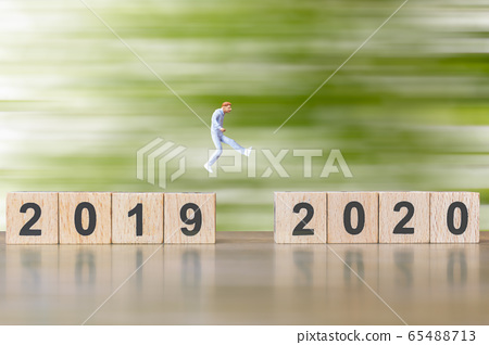 Miniature people Jump from number 2019 to 2020 65488713
