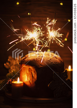 Typial Itlian panettone and Sparklers 65498626