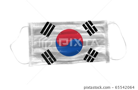 Medical mask with  Korean flag pattern on white background, for corona or covid-19 virus ,safety breathing masks for virus inflection,health protection concept,cover mouth ,nose to prevent virus 65542064