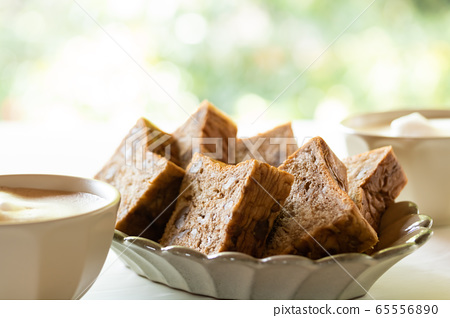 Brown sugar walnut bread Danish pastry bread 65556890