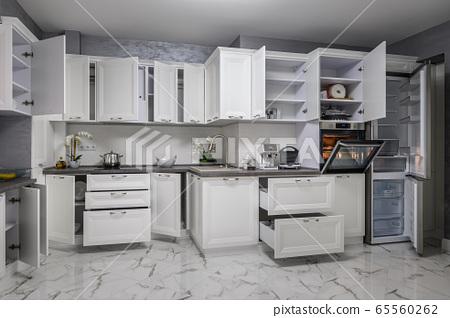 Simple And Luxury Modern White Kitchen Interior Stock Photo 65560262 Pixta