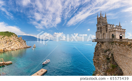 Swallow's Nest Castle and the Black sea scenery, 65575439