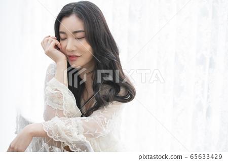 Beauty, girl, white 65633429