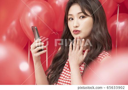 여성 풍선 레드 전자기기 65633902