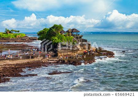 Pura Tanah Lot Temple, Bali 65669421