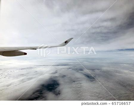 비행기에서 구름 하늘 2 65716657