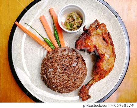 Burmese pon ye gyi rice set 65728374