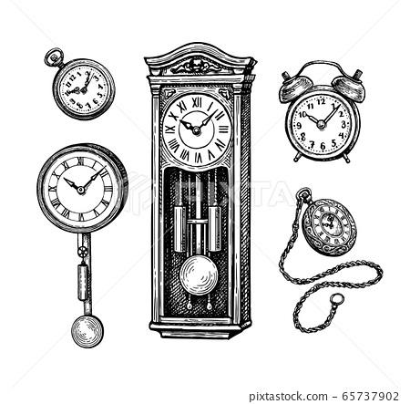 Different types of vintage clocks. 65737902